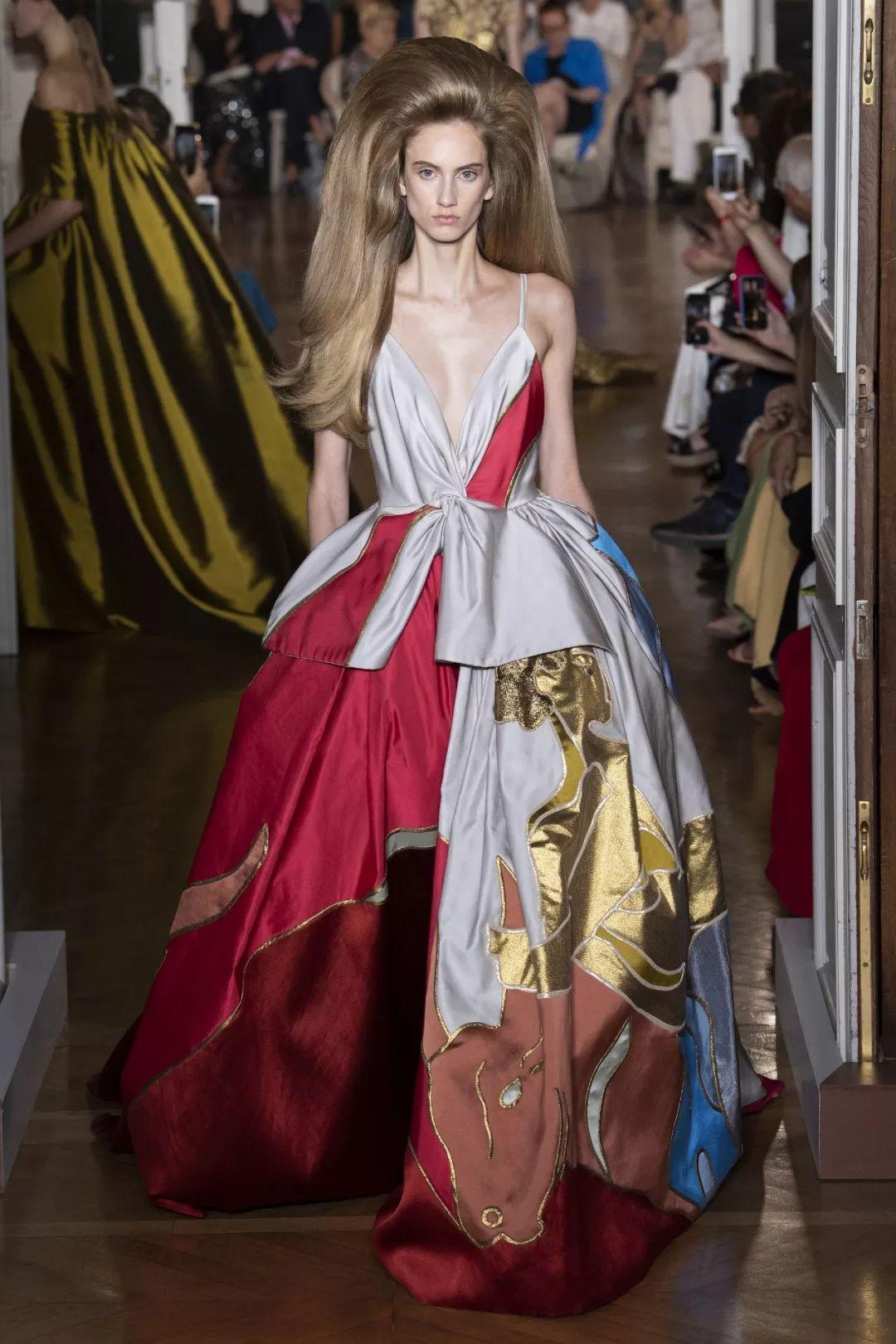 是众神之殿,Valentino 2019 高级定制服装系列
