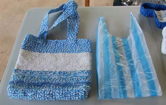 塑料袋别扔,剪几圈套起来,很好用!