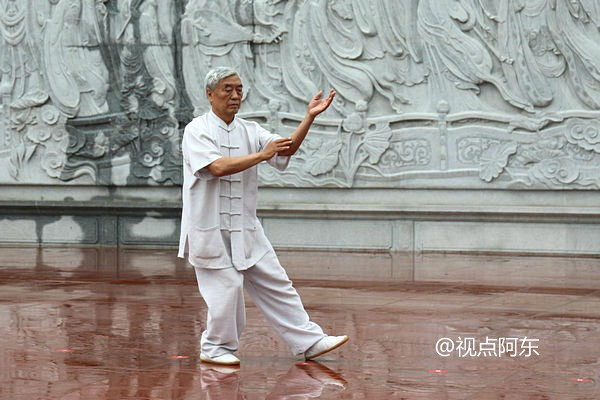 宝鸡市举行第三届太极拳演武大赛  新三丰太极拳别具特色 - 视点阿东 - 视点阿东