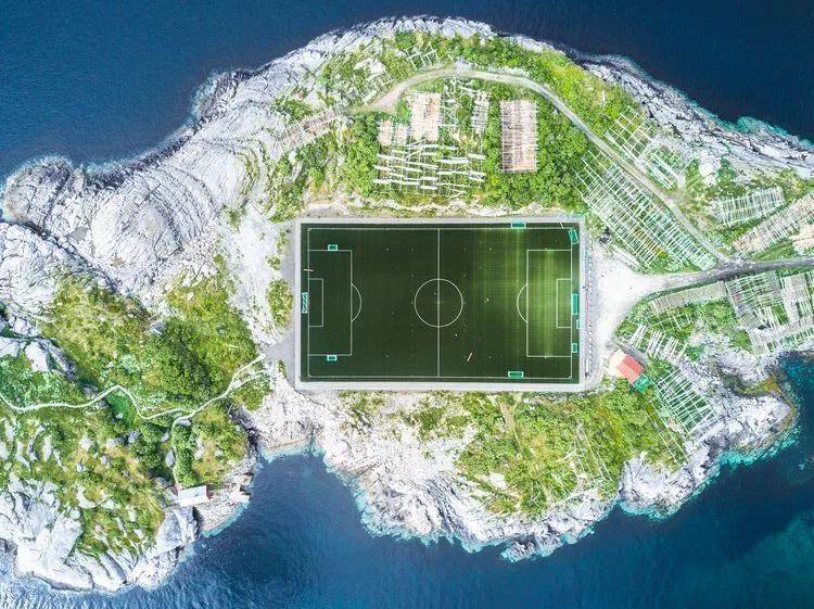 你在追世界杯的时候,我在忙着收集世界上最酷的足球场