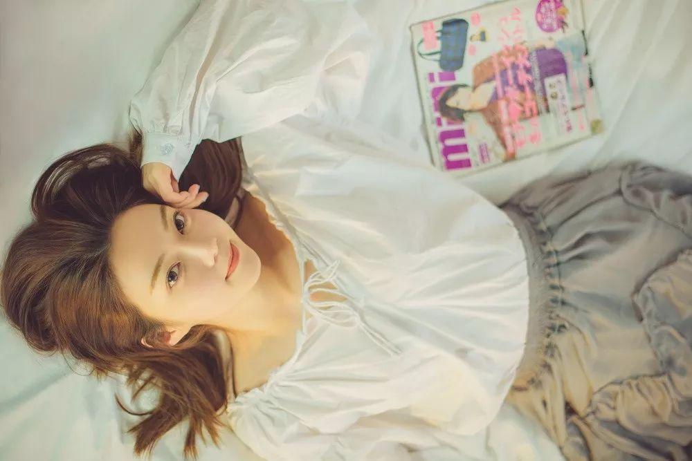 今天也是少女感满满的时尚ICON! eseeGIRL×王佩雯