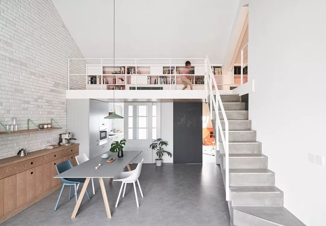 阁楼设计,精心打造也是想要的家图片