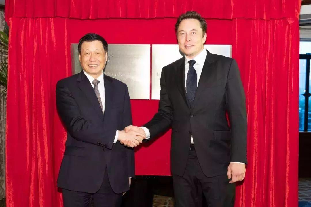 为省40亿关税?马斯克亲赴上海,正式落地中国超级工厂