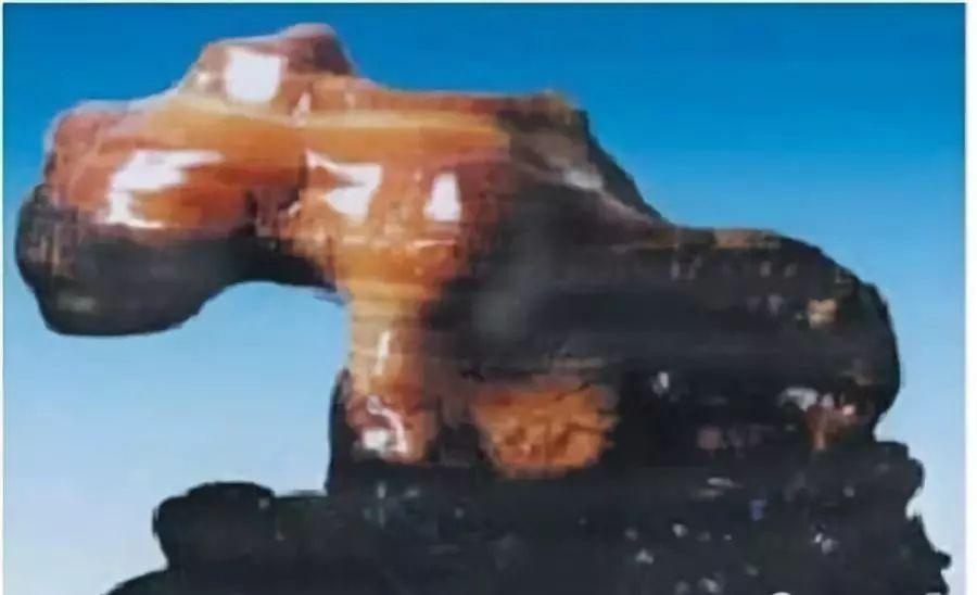 佛山一女子花八万元买回石英岩玉手镯 引来一场