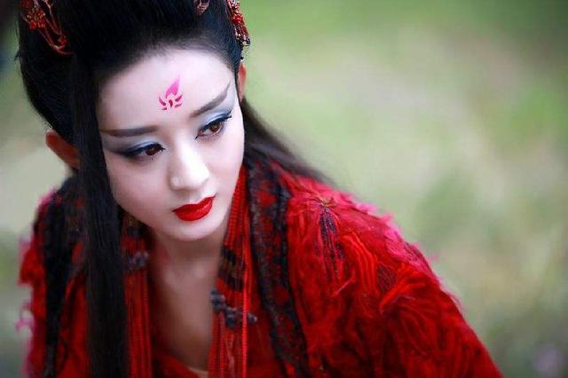 相士:这个女子不一般,皇帝:那就让她做我孙媳妇吧,结果悲剧了