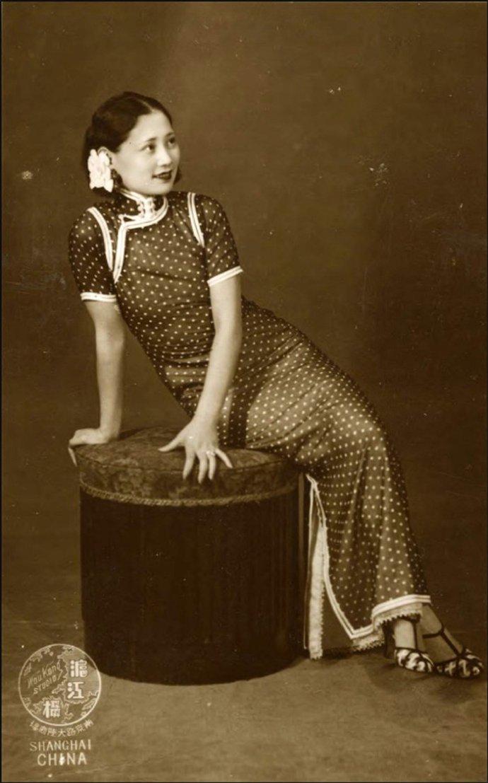 民国的那些女子,她们如烟花般绚烂,她们惊艳了时光。