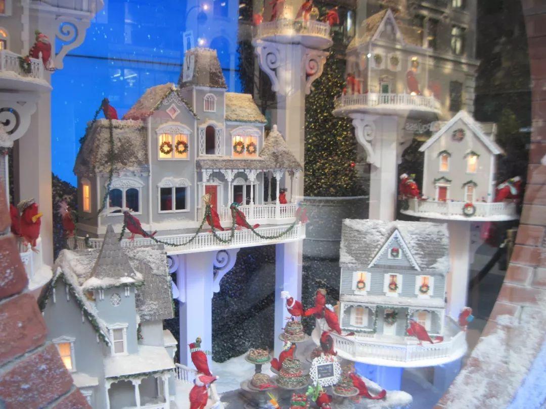 纽约   又一家老牌百货面临结业,曼哈顿的圣诞节从此少了百老汇级别橱窗秀