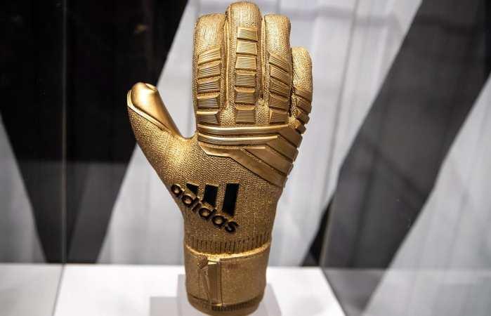 金手套真实