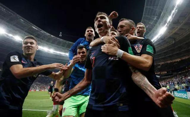 格子军团上演加时绝杀 历史首进世界杯决赛