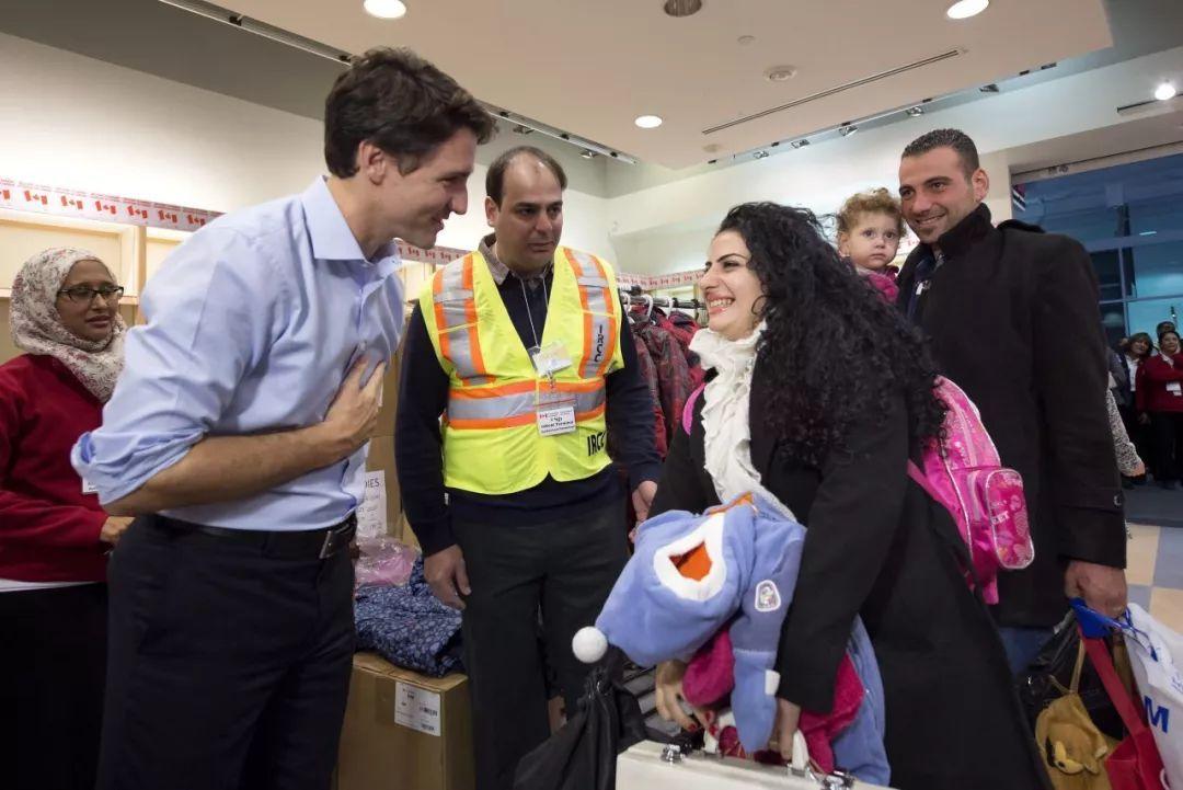 马上就要开学了,还住在多伦多高校里的难民怎么办?