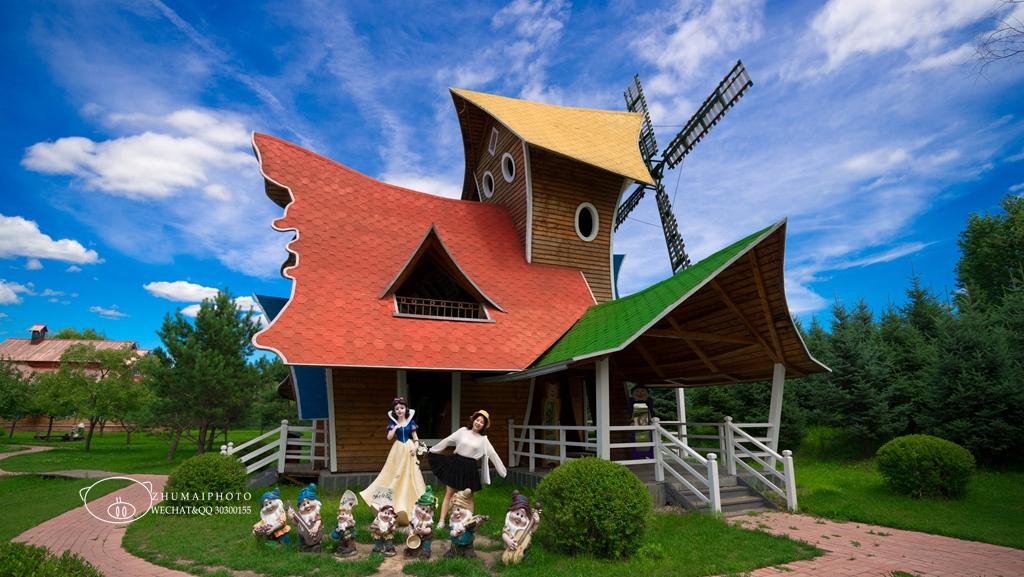 制作俄羅斯面包、釀格瓦斯、手繪套娃和小羊駝玩,盡在三只熊樂園!