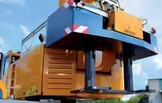 全球最紧凑的45吨起重机 德马格AC45