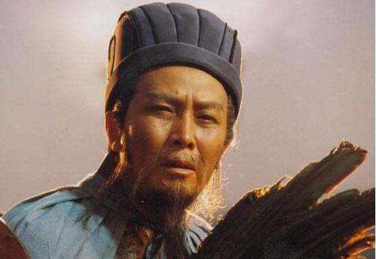 唐宋元明清,都在300年上下,为何唯独汉朝超过400年?