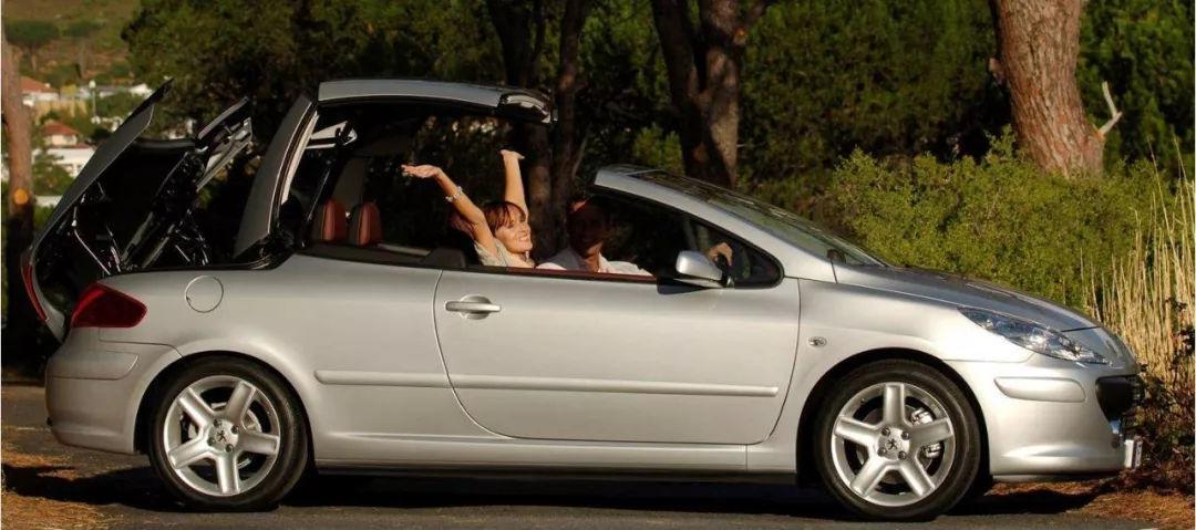 标致307收起车顶25秒变身敞篷跑车,贵了一倍价钱
