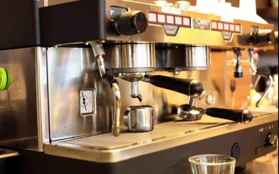 一手打造新的意大利咖啡文化