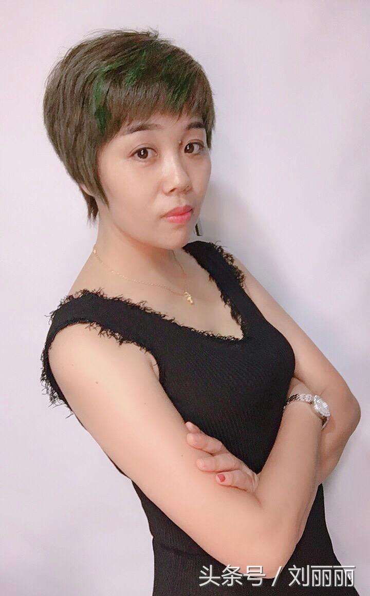 中年女性最适合的发型,长中短都有哦,做个参考吧!