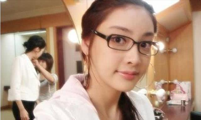 张紫妍陪睡门事件获重大突破,牵涉多位公职人员和娱乐圈大佬