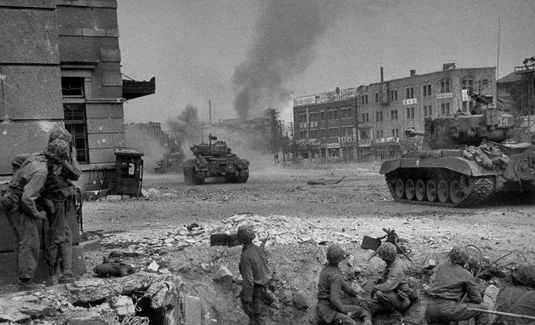 珍贵档案,30张朝鲜战争照片