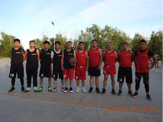 黑龙江克东县健晟星期天火锅弘扬企业文化推动兢山篮球运动
