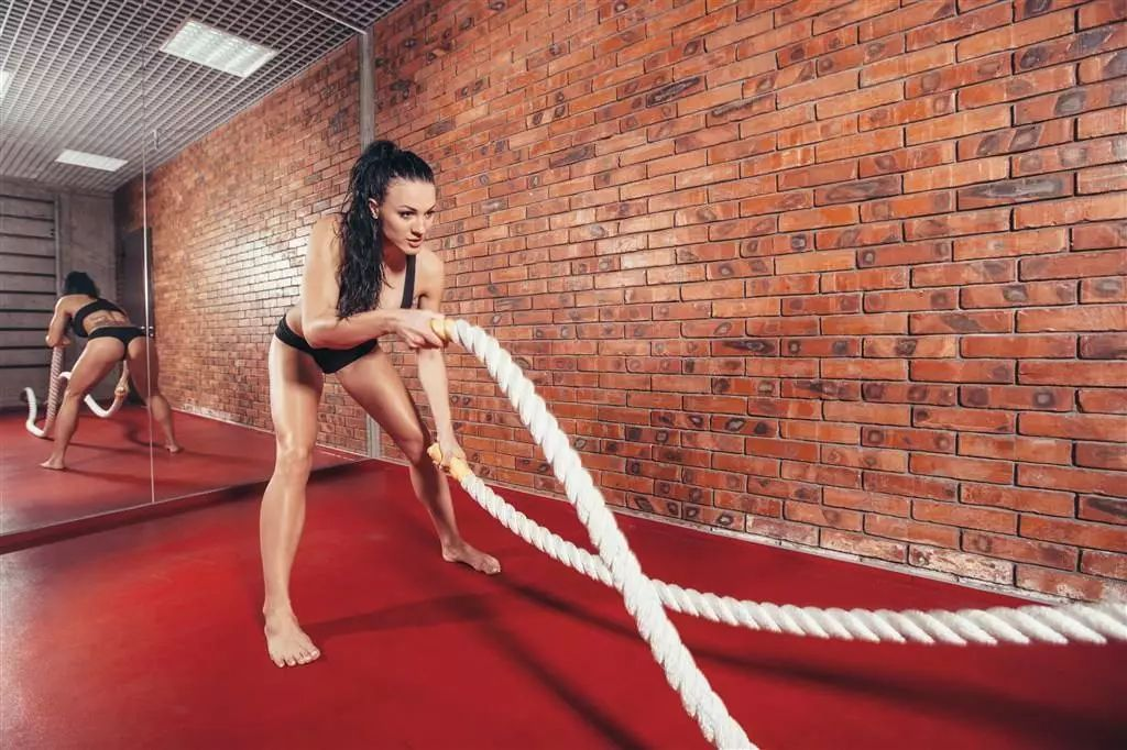 BattlingRopes训练,可能比你单身30年都管用!