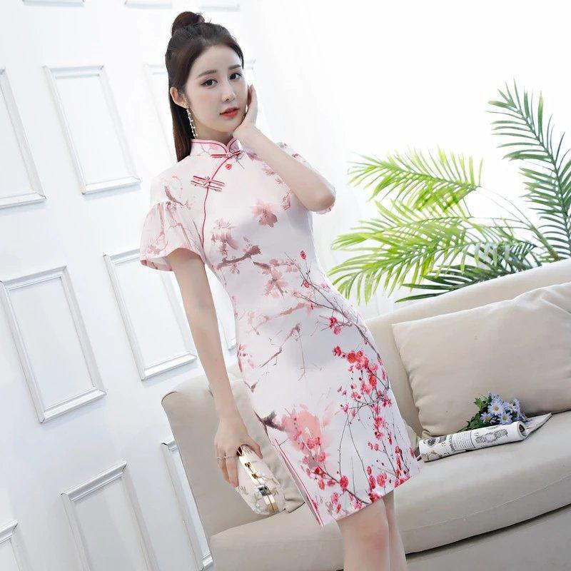 你的优雅,你的范儿,梅花改良丝绸旗袍!