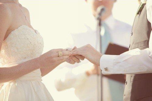 婚姻家庭的各种问题背后都与家庭生命周期的转变有关