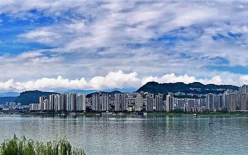 与重庆主市区之间隔着忠县,垫江县,长寿区,从万州区政府开车去重庆市图片