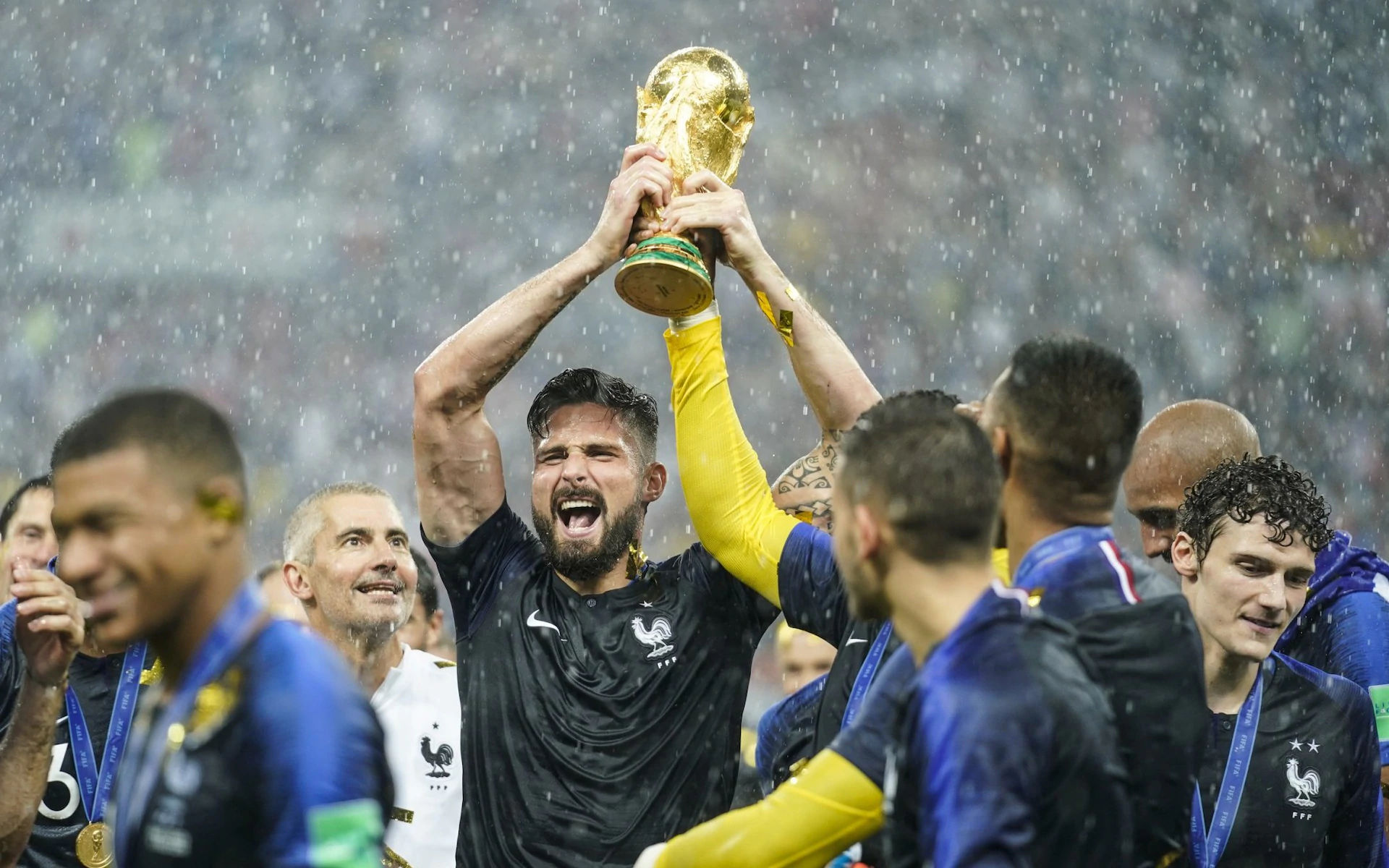 吉鲁:捧世界杯童年梦想成真 不进球依然有价值