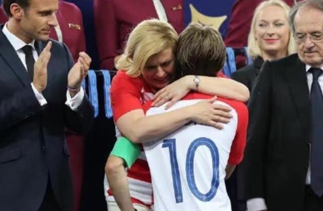 满满温情和感动,2018世界杯十大难忘瞬间!