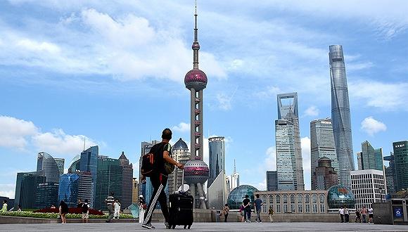 2010年上海gdp_上海全年GDP首次突破3万亿元