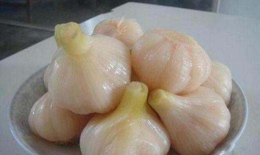 大蒜白糖治鱼刺的原理_京剧猫白糖图片