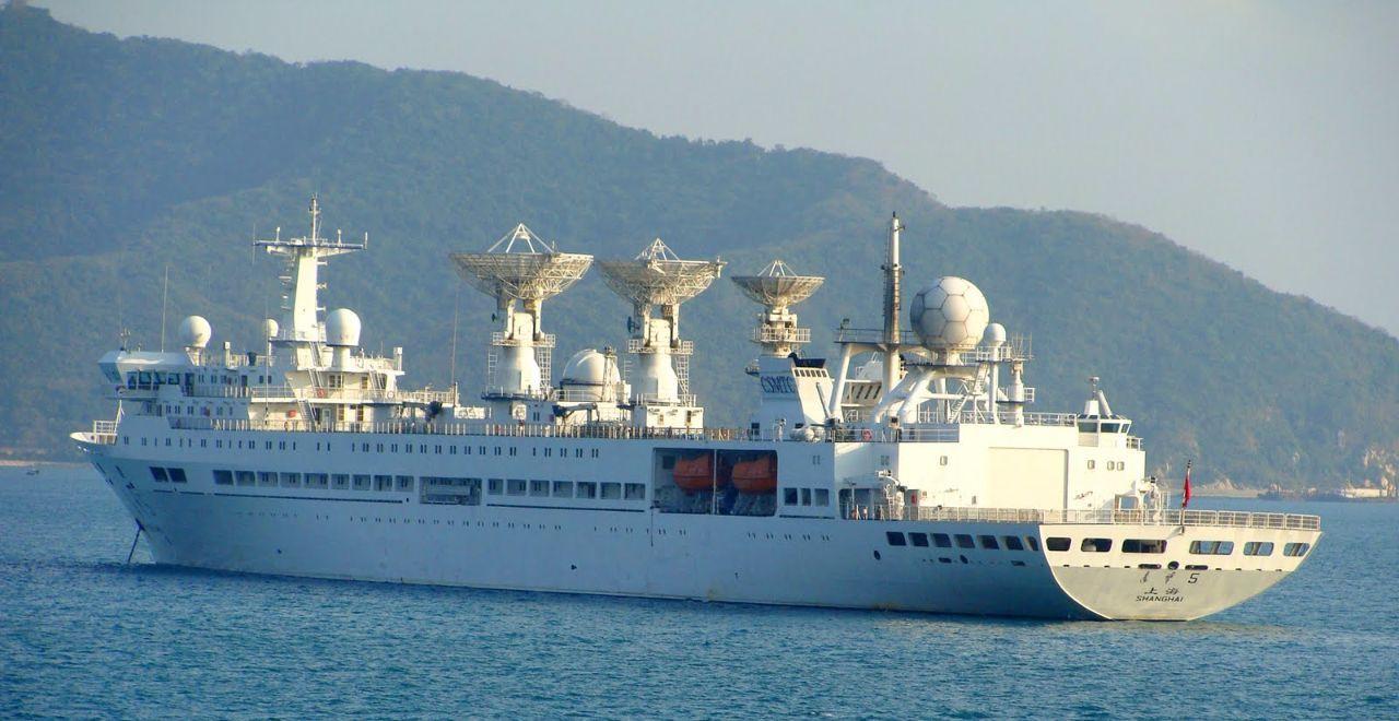 中国军舰停靠菲律宾补给,被美军全程紧盯