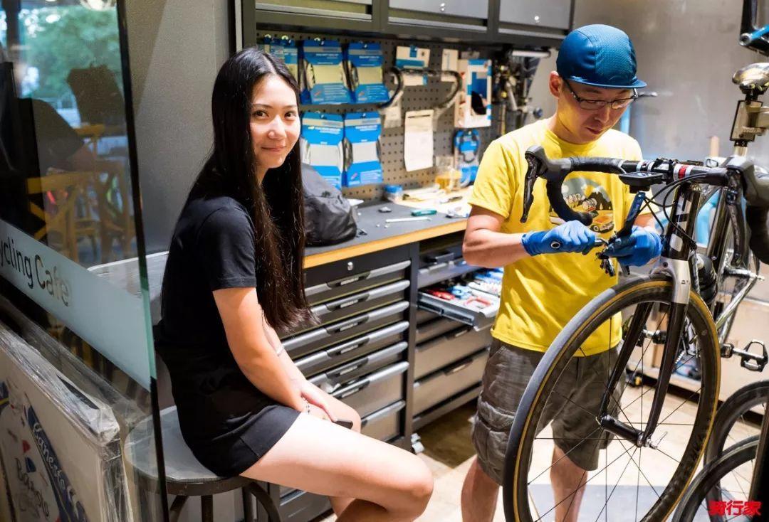 我在CyclingCafe骑咖Lady`s Night找到了神秘集体消失的小姐姐们