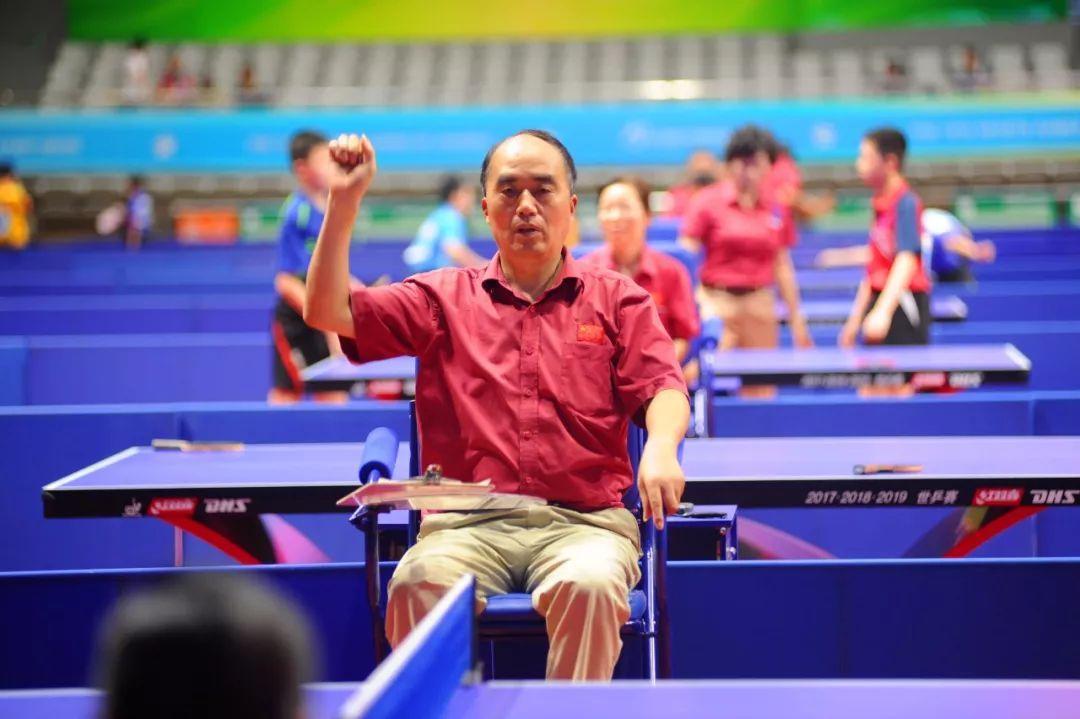 省运会青少年部乒乓球比赛第二天赛程结束,80名裁判员参与赛事裁判,创