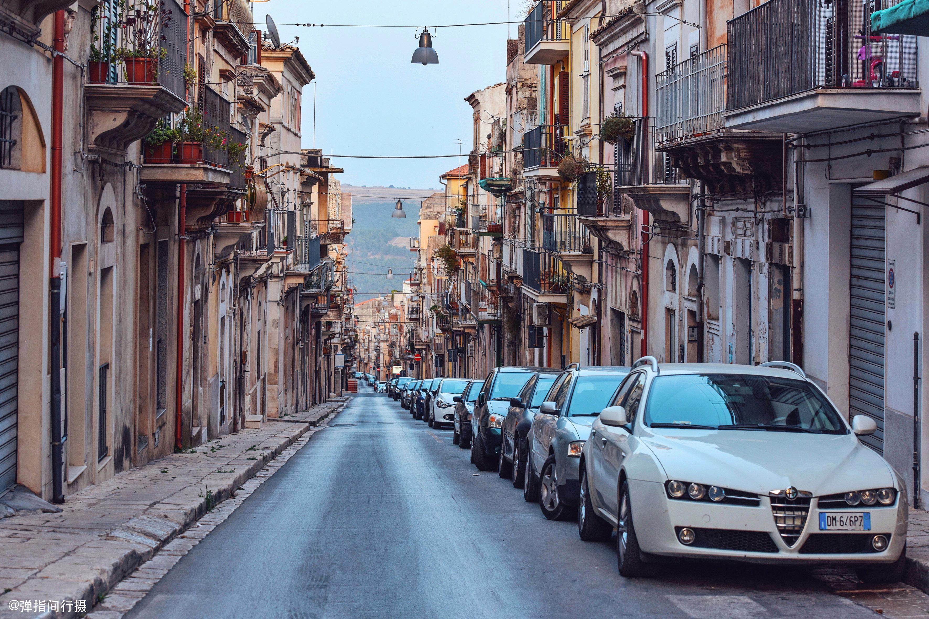 意大利西西里岛这座山谷小城,被誉为欧洲巴洛克艺术最后的高潮