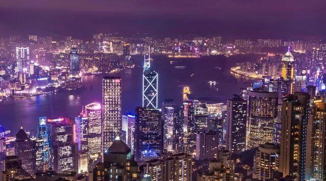 最新数据出炉,内地人在香港工作竟然拿这样的工资?
