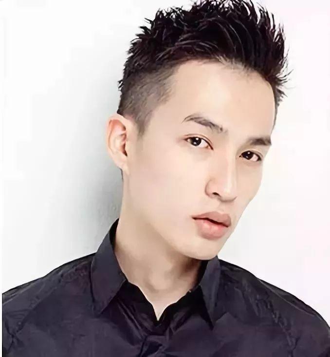 除了寸头,男生还有什么发型让人清爽又帅气?图片
