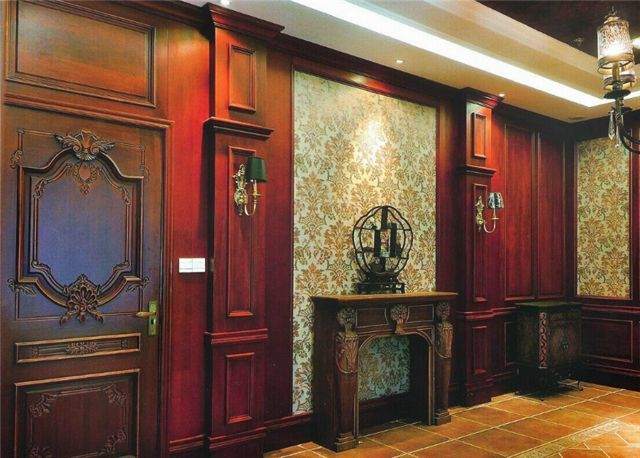 施工相对简单,是专门用于墙面装饰的木板材料,但装饰效果不太理想