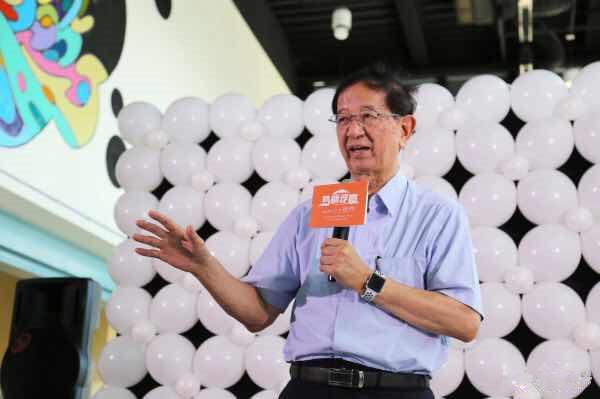 曾支持陈水扁的李远哲放话:台大没能力选校长