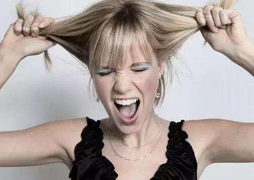 养发护发加盟:减少使用吹风机