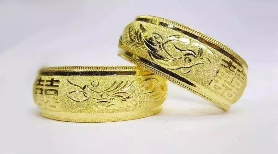 景媛珠宝 微信民众号:JYZB0101 晴水种翡翠戒指