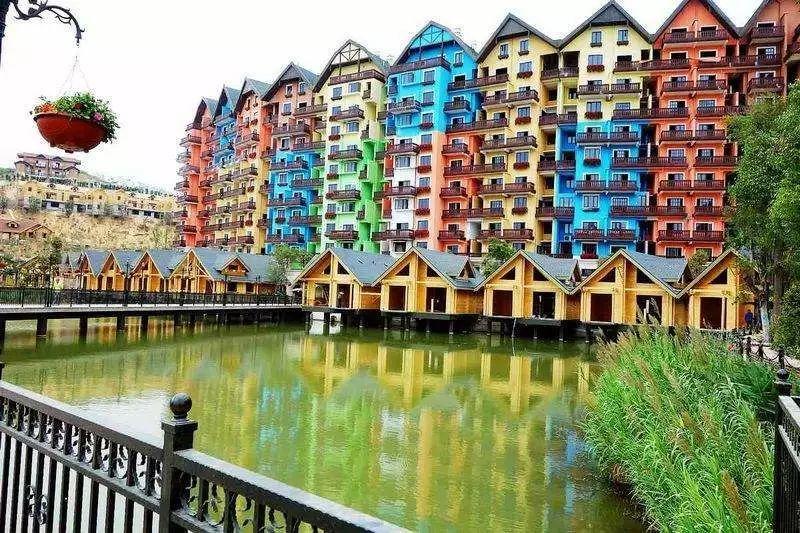 【风情庄园·五星度假】仅399享河源太平古街、桂山玻璃桥、德国风情小镇、入住巴伐铂莱顿二天游