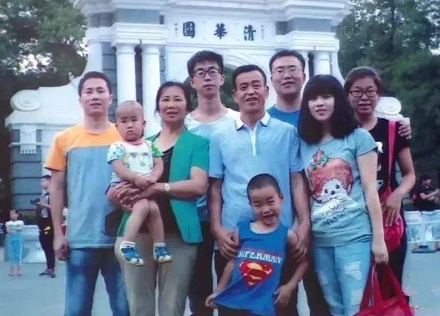 农民夫妇5个孩子4个考入清华北大,