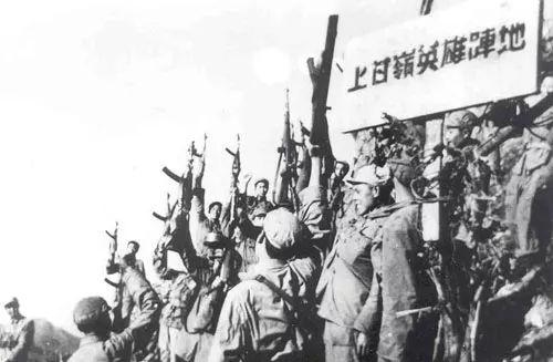 美军狂轰上百万炮弹,让日军1万人惨遭全灭,却被志愿军打到绝望