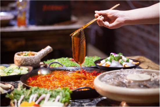 吃火锅技巧大全 渝味晓宇助你成为机智美食达人