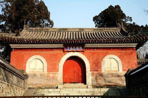 [原创]中国最神秘的寺庙, 建寺500年, 没开过庙门, 不接受香火(图)