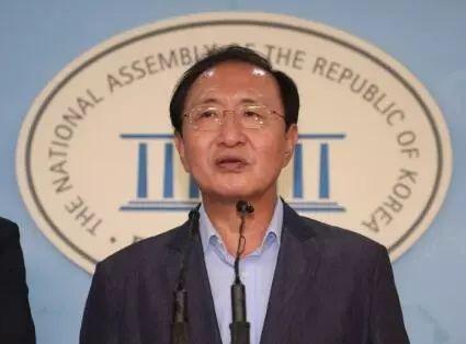 韩国正义党党鞭鲁会灿跳楼身亡,韩政治家都是高危职业吗?
