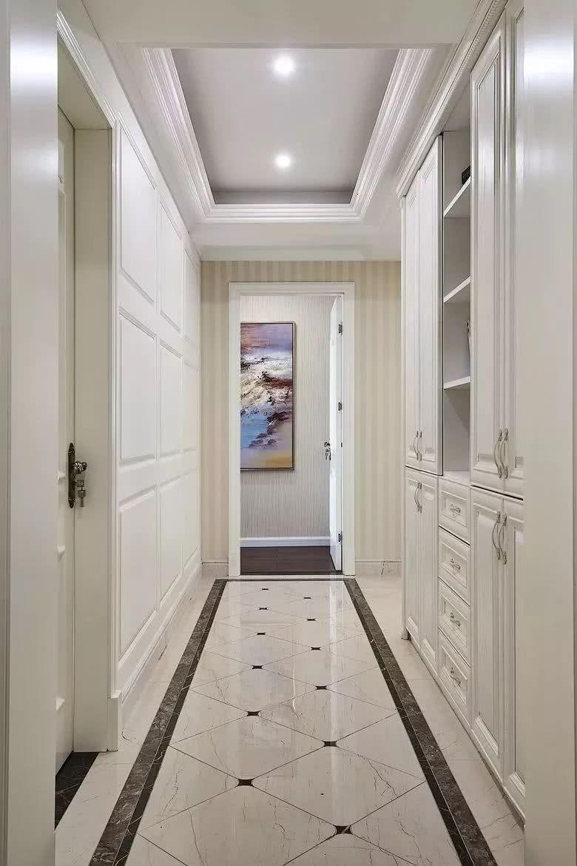 家里撸_家里走廊这样设计 既是收纳又能装饰,效果不输玄关