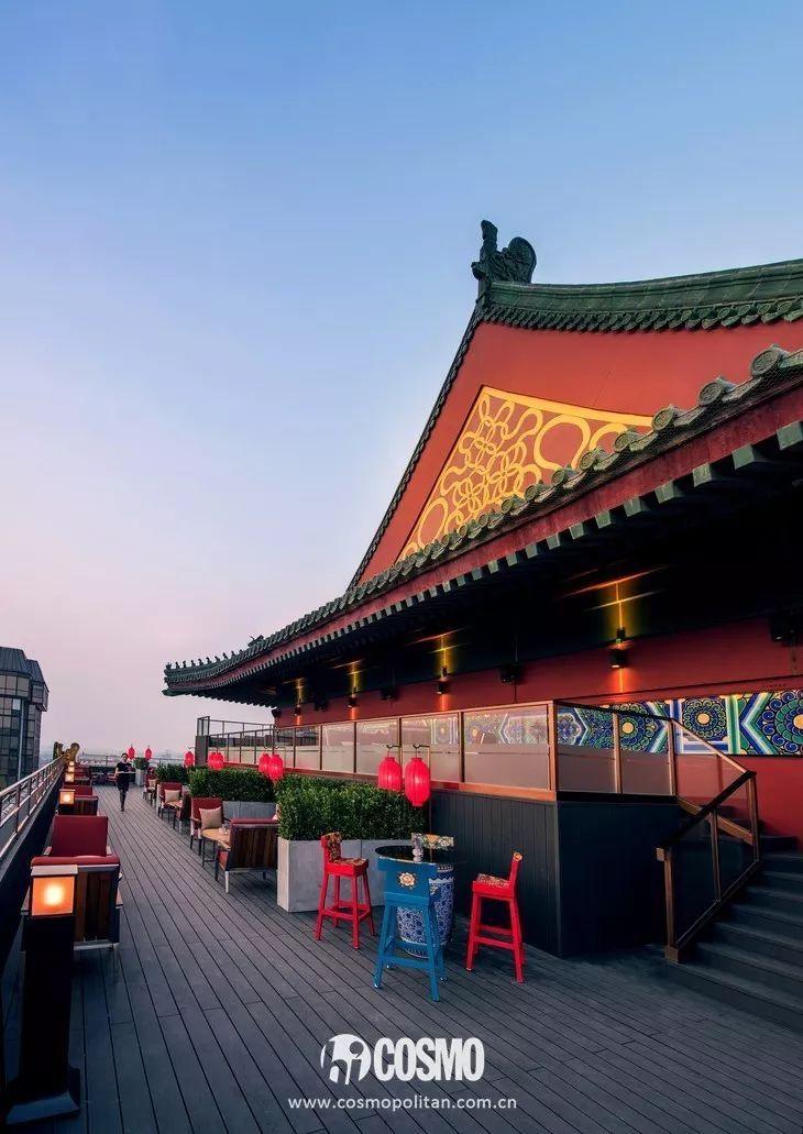 有意思 | 原来《邪不压正》是本北京旅行指南啊!