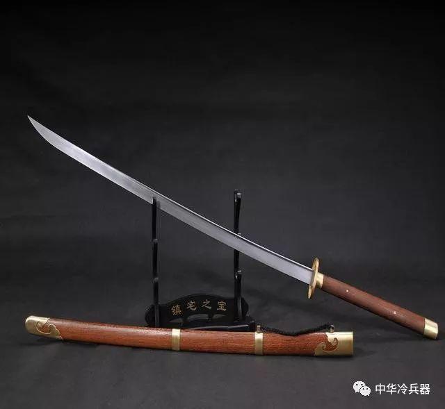 苗刀克制日本刀_苗刀真的是由日本刀演变而来,它和抗倭利器戚家刀有何渊源?